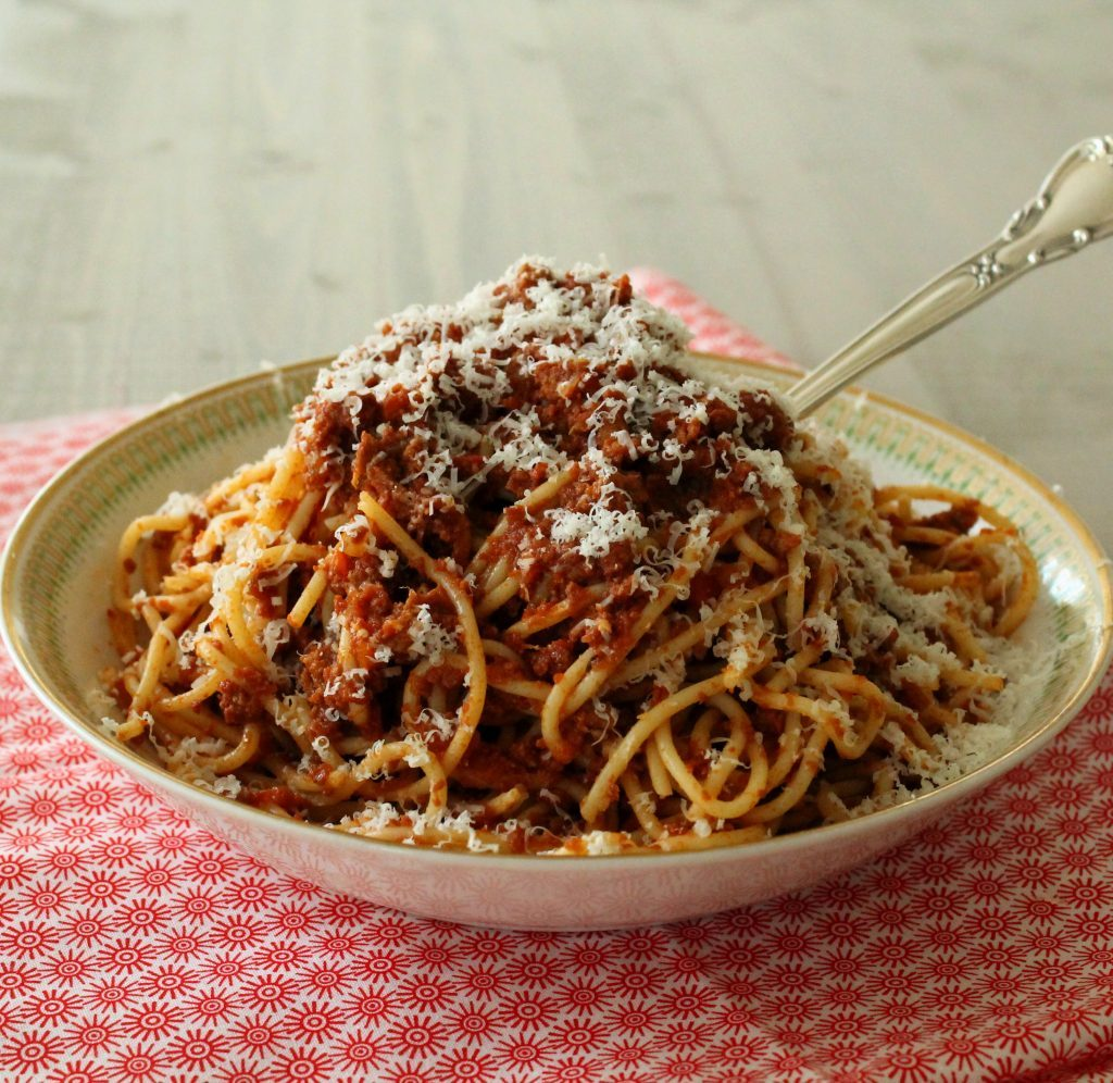 Slow Cooker Bolognese Sauce - Foodtastic Mom