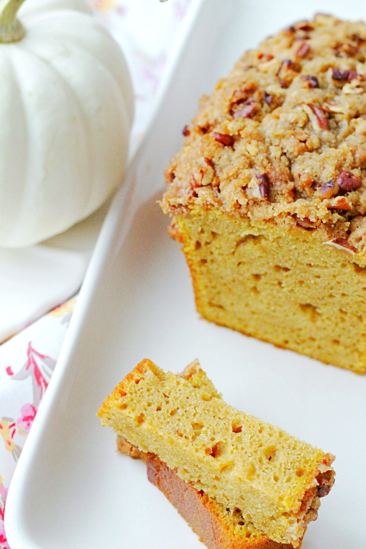 loaf of really good pumpkin bread sliced