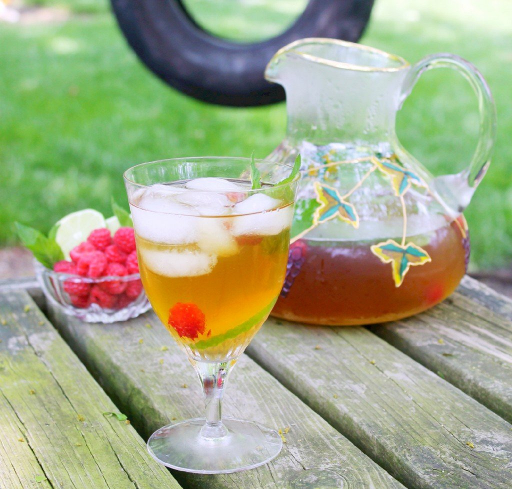 Iced Tea with Mint, Raspberries and Lime - Foodtastic Mom