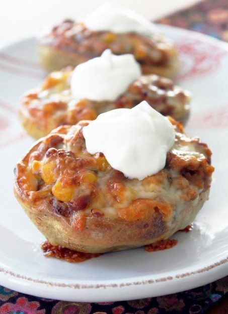 Potato Skins with Bourbon Baked Bean Chili from Foodtastic Mom