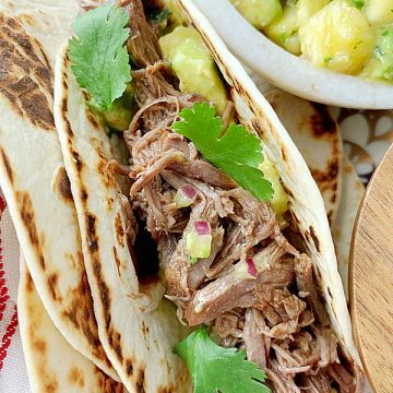 Short Rib Tacos | Foodtastic Mom #ohbeef #shortribtacos #tacorecipes