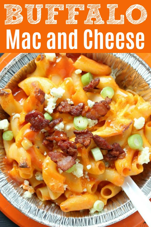 Buffalo Mac and Cheese | Foodtastic Mom #macaroniandcheese #macaroniandcheeserecipe #buffalomacandcheese #tailgatingrecipes