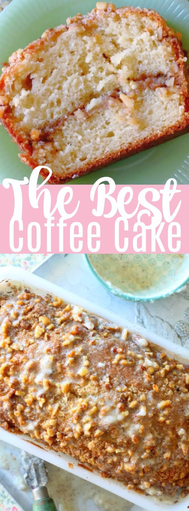 The Best Coffee Cake | Foodtastic Mom #coffeecake #cakerecipes #sourcreamcoffeecake via @foodtasticmom