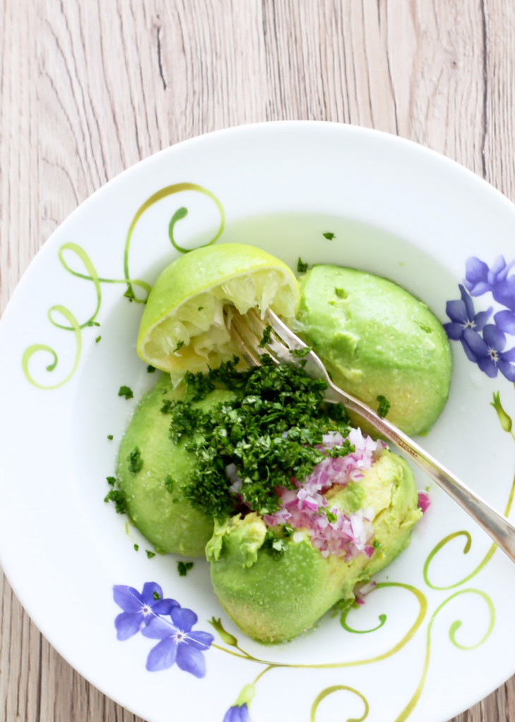 Avocados - a freezer tutorial and guacamole by Foodtastic Mom