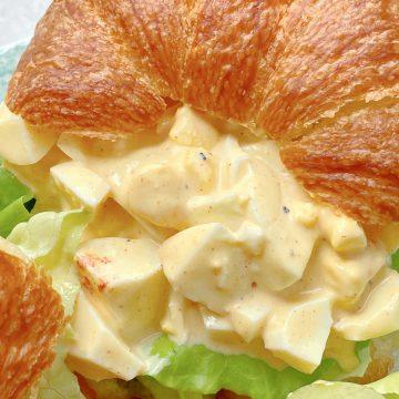 Deviled Egg Salad | Foodtastic Mom #eggsalad #deviledeggs #deviledeggsalad #deviledeggrecipe