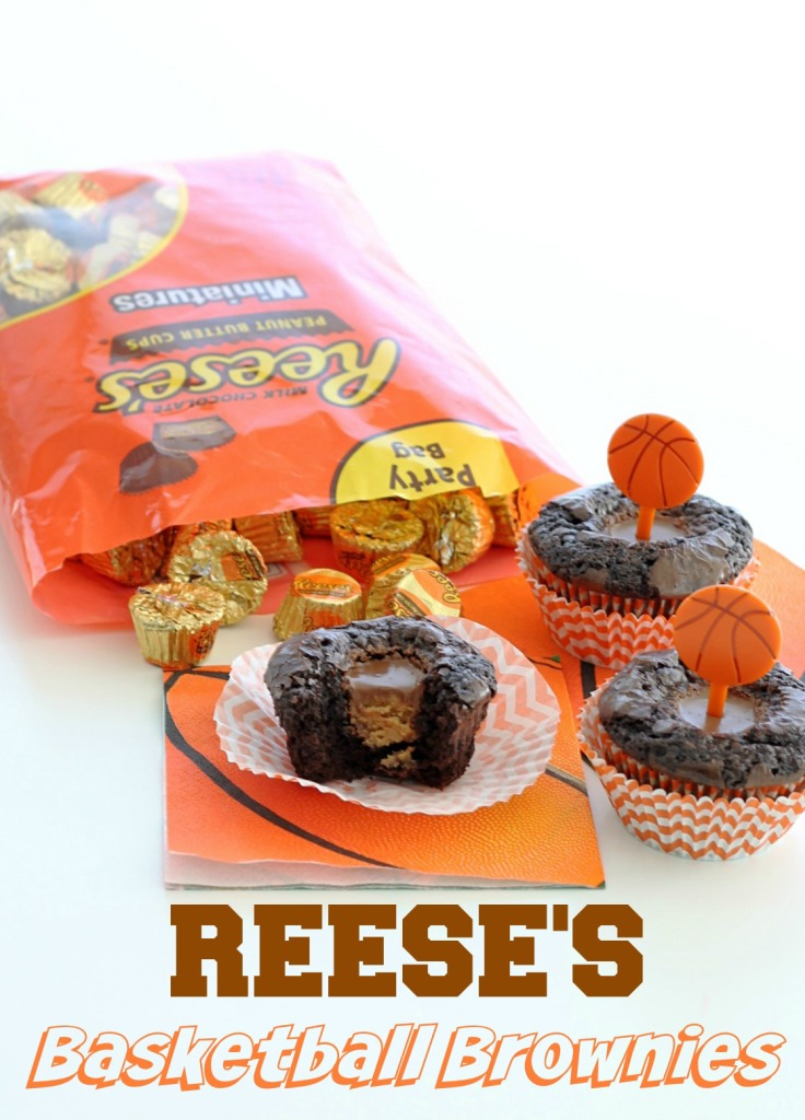 Reese's Basketball Brownies by Foodtastic Mom