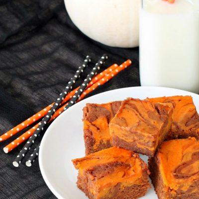 Pumpkin Swirl Brownies by Foodtastic Mom