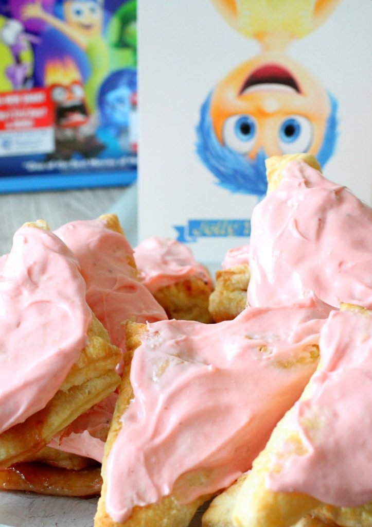 Joyful Jelly Turnovers for an Inside Out Movie Night by Foodtastic Mom