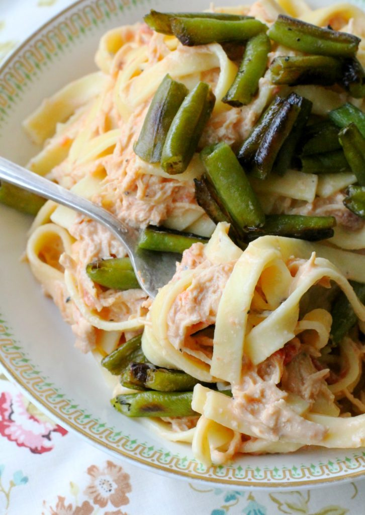 Creamy Italian Chicken and Noodles with Green Bean Croutons by Foodtastic Mom