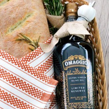 Hostess Gift with Rosemary Bread and OMAGGIO by Foodtastic Mom