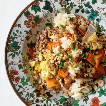Farro Roasted Vegetable Salad by Foodtastic Mom #farro