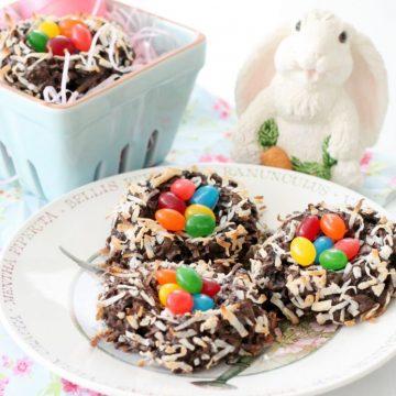 Dark Chocolate Macaroon Nests with Starburst® Jellybeans by Foodtastic Mom #StarburstJellybeans #Kroger #ad