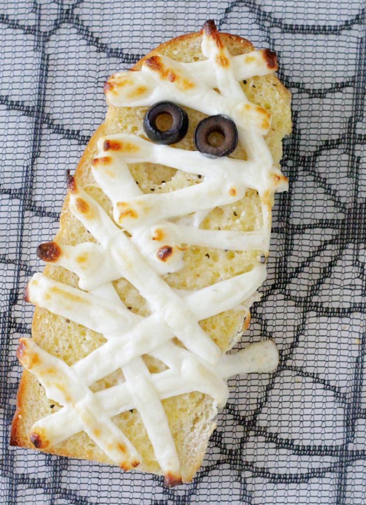 Mummified Garlic Bread