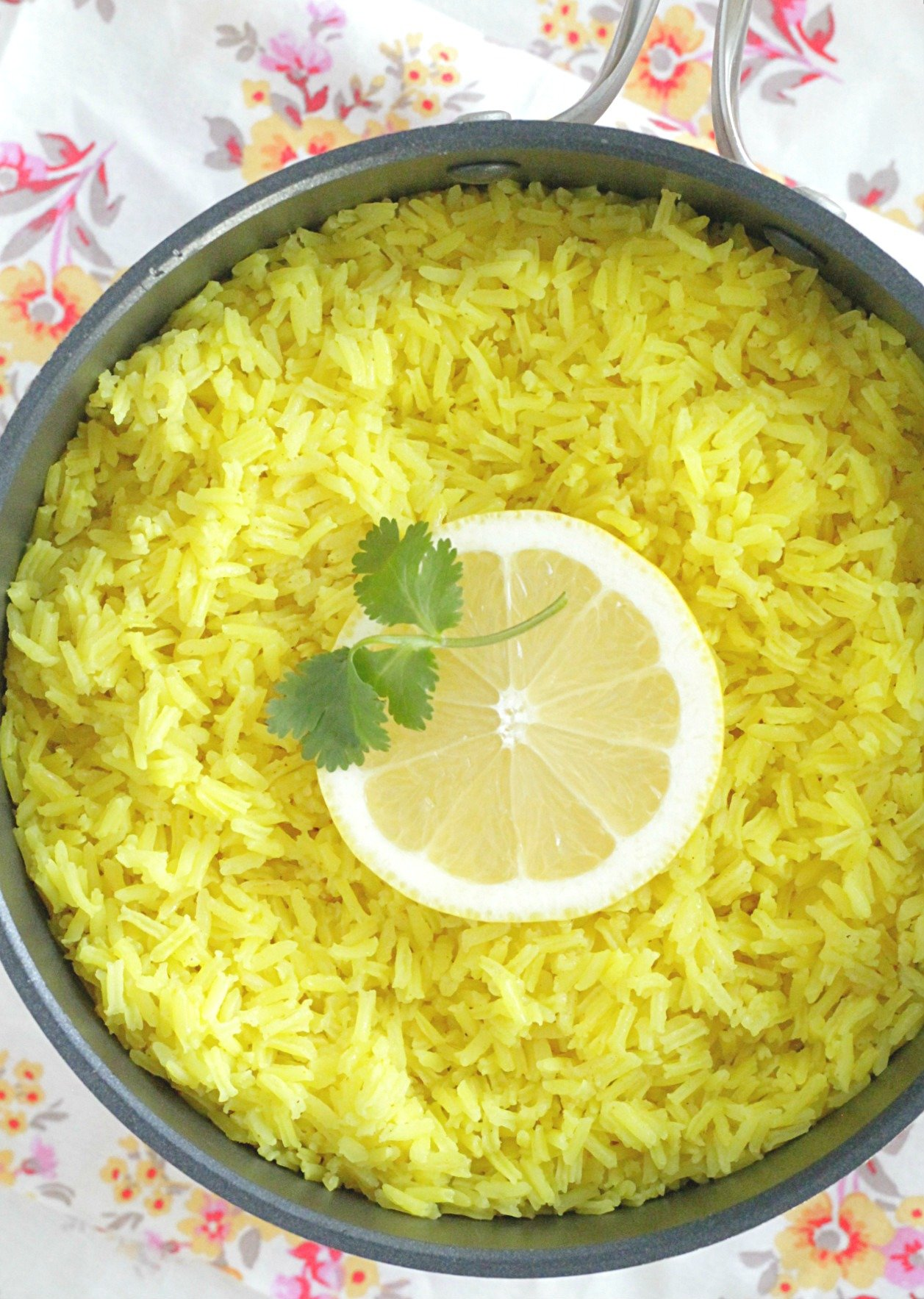 lemon rice top view