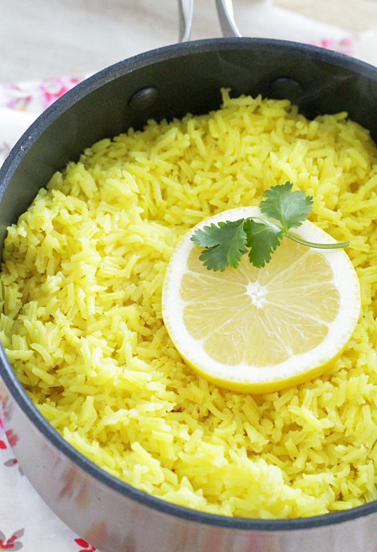 lemon rice front view