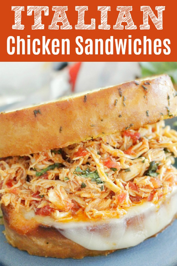 Slow Cooker Italian Chicken Sandwiches | Foodtastic Mom #chicken #chickenrecipes #sandwichrecipes #slowcookerrecipes #crockpot