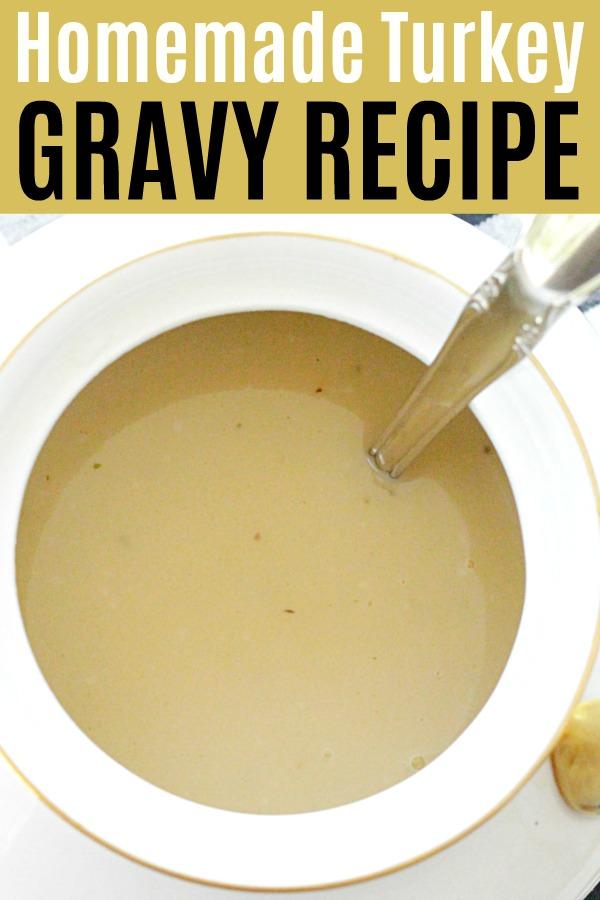 Homemade Turkey Gravy Recipe | Foodtastic Mom #gravyrecipe #turkeygravy #turkeygravyrecipe #thanksgivingrecipes