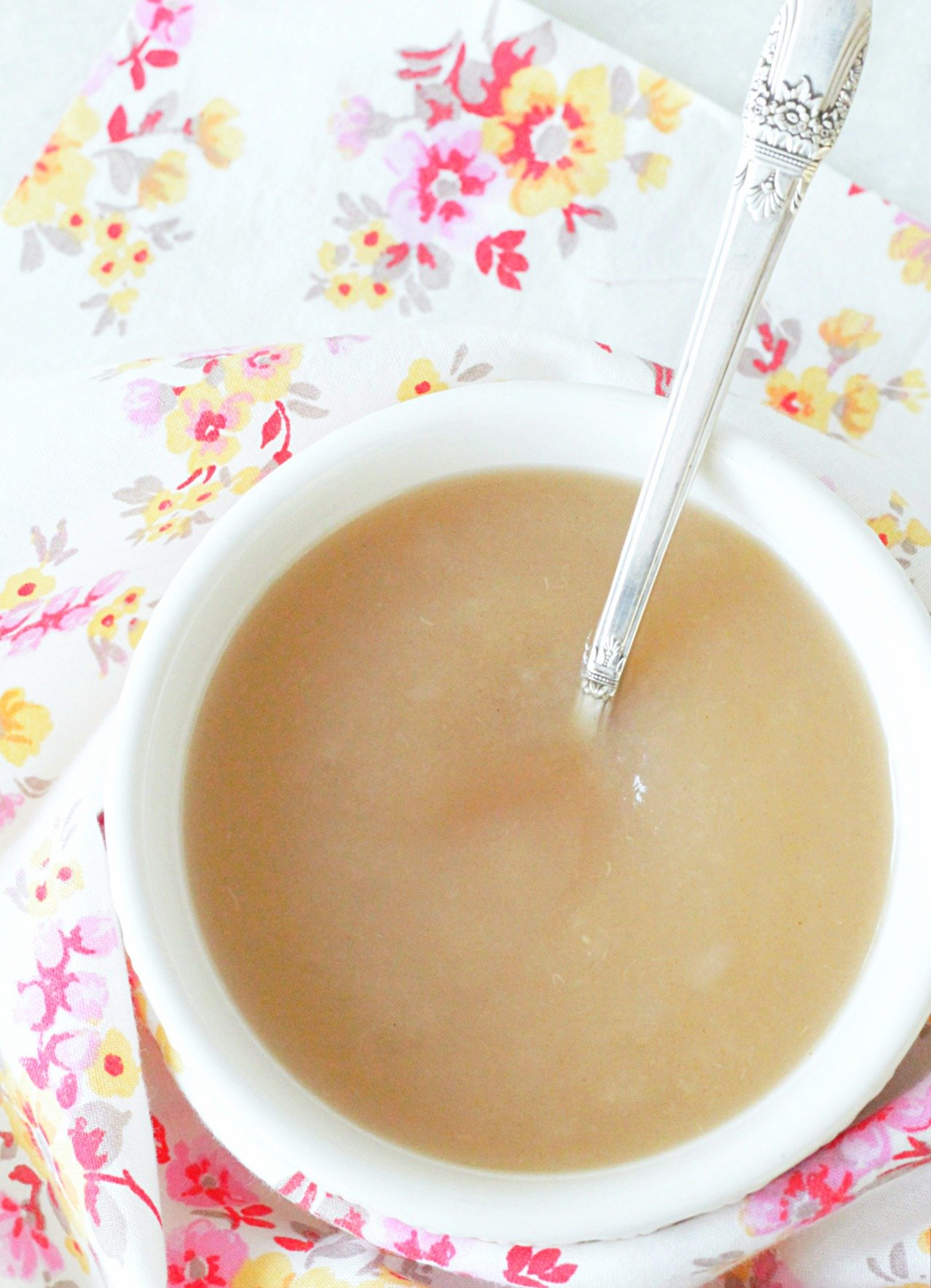 instant pot applesauce in bowl with spoon