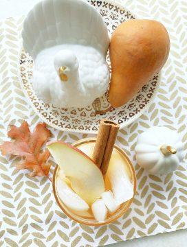 Spiced Pear Tea Fizz | Foodtastic Mom #ad #CelebrateWithMilos