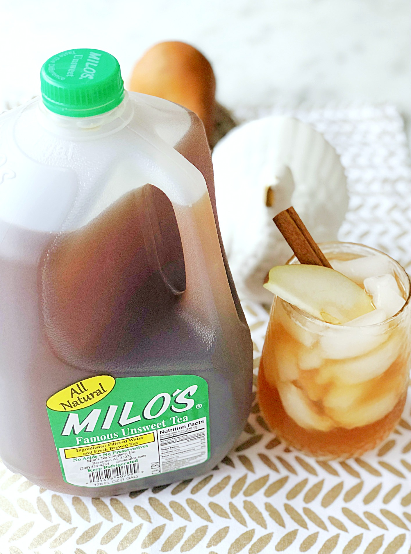 spiced pear tea fizz with milo's tea