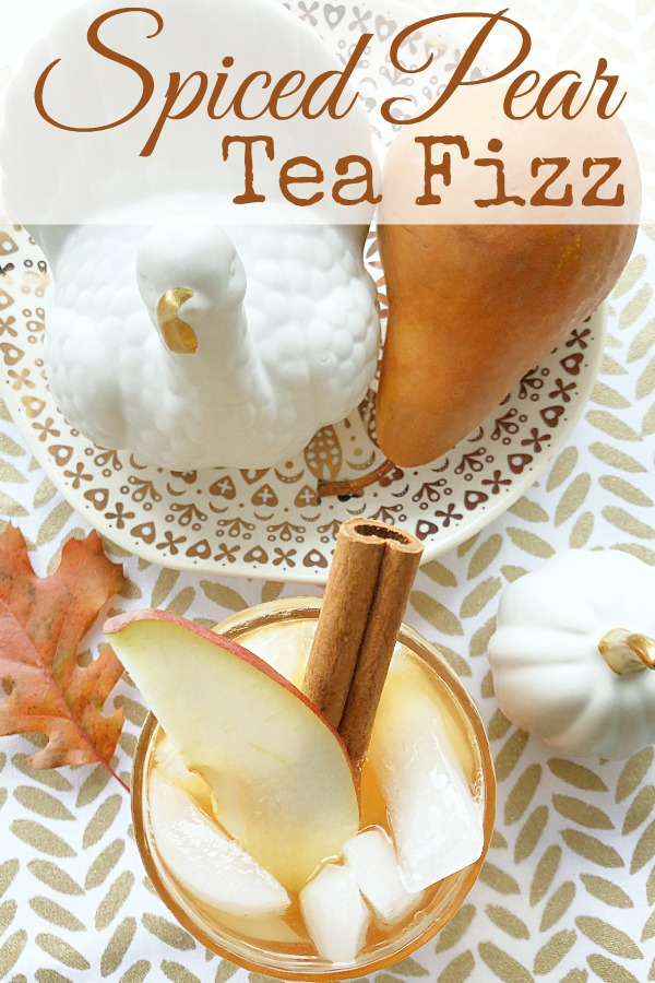 Spiced Pear Tea Fizz | Foodtastic Mom #ad #CelebrateWithMilos