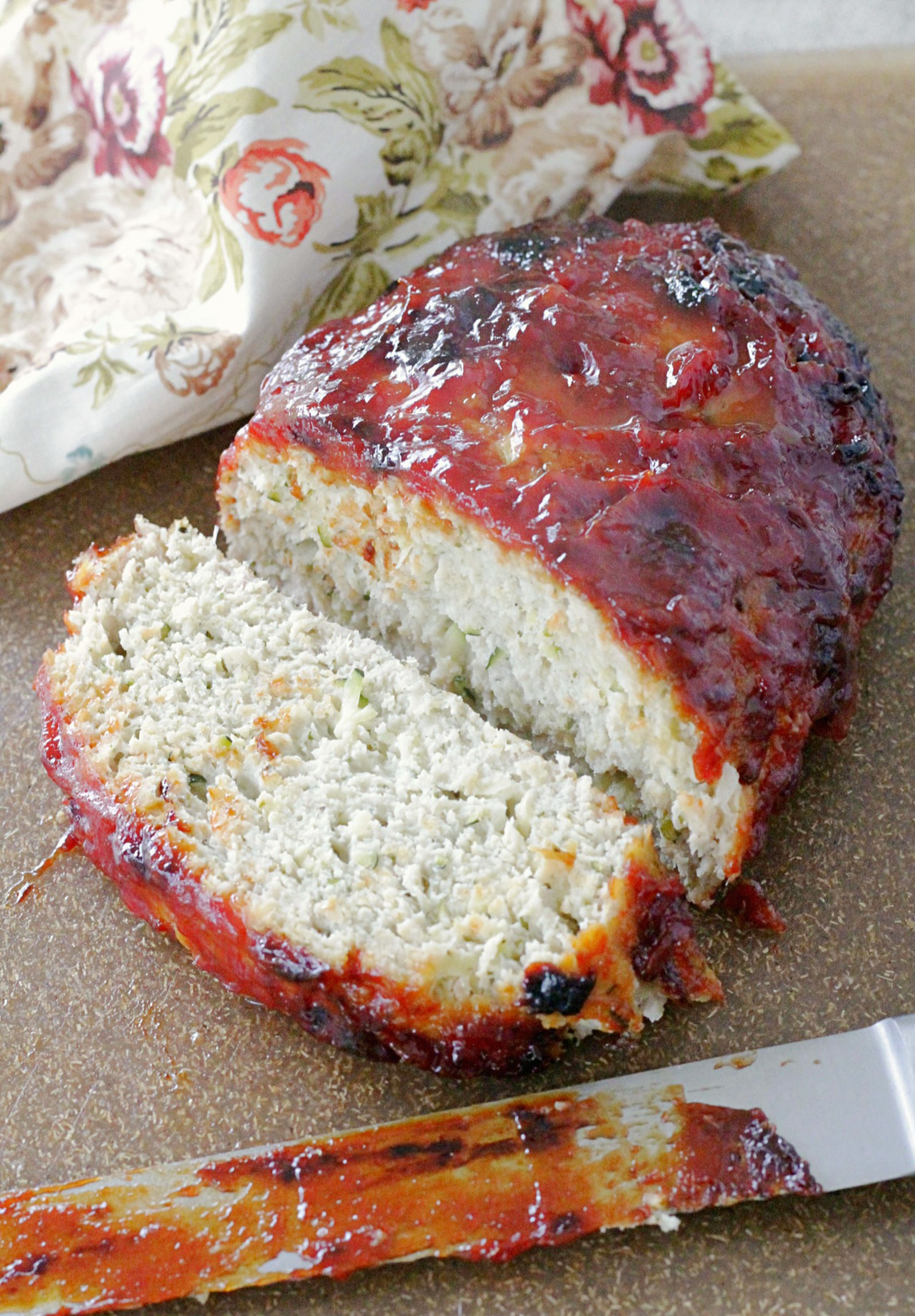 turkey meatloaf on cutting board sliced