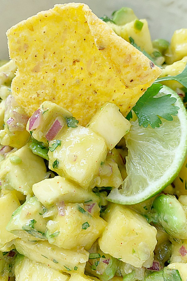 pineapple salsa with chips