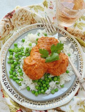indian butter chicken meatballs on a plate - overhead view