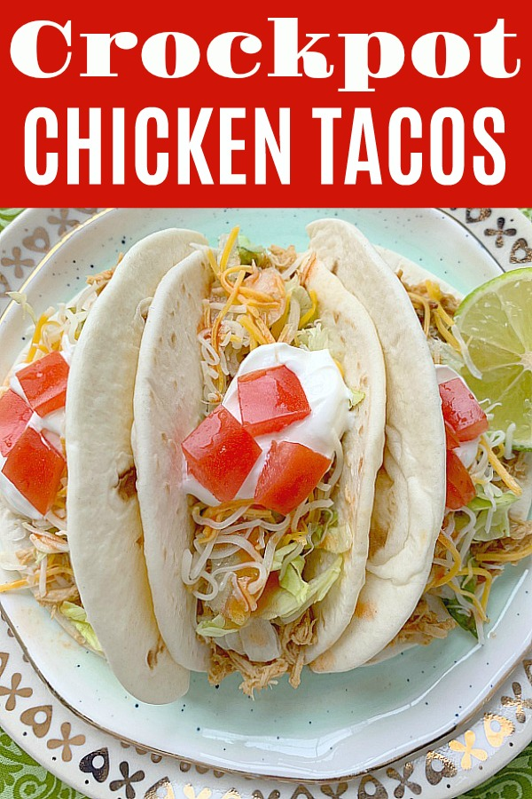 Crockpot Chicken Tacos | Foodtastic Mom #chickentacoscrockpot #tacos