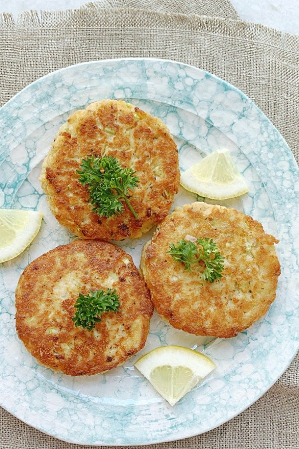 mom's salmon patty recipe on a plate