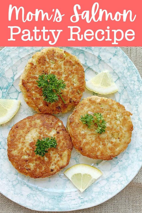 Mom's Salmon Patty Recipe | Foodtastic Mom #salmonrecipes #salmonpatties