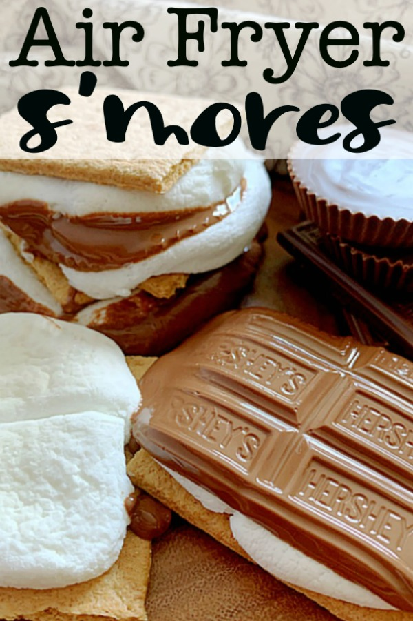 Air Fryer S'mores | Foodtastic Mom #airfryerrecipes #smoresdessert #airfryersmores
