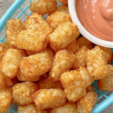 Air Fryer Tater Tots | Foodtastic Mom #airfryerrecipes #tatertots #airfryertatertots