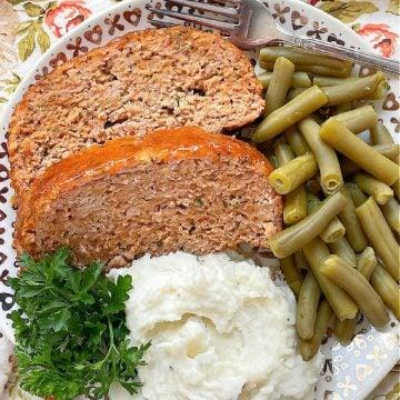 Ham Loaf | Foodtastic Mom #hamloaf #hamrecipes #meatloaf #groundporkrecipes