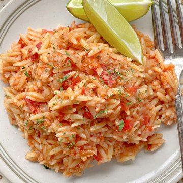 Spanish Risoni | Foodtastic Mom #risonirecipes #cauliflowerrice #spanishrice #spanishrisoni