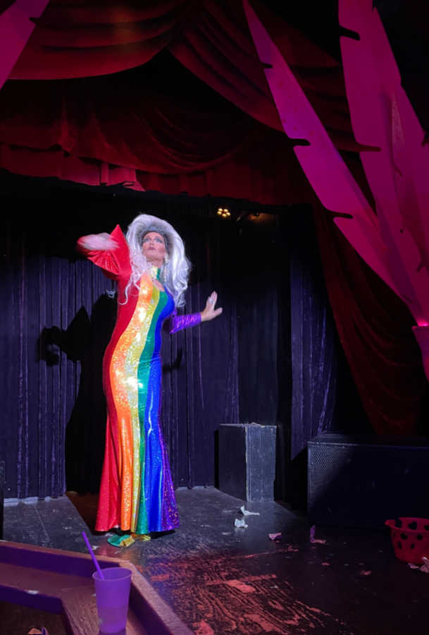 drag queen show at 801 bourbon bar in key west florida